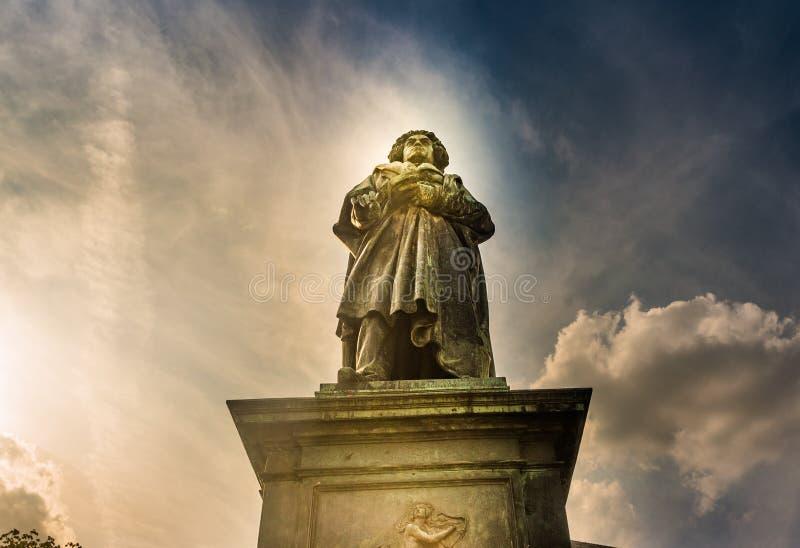 Памятник Бетховен в Бонне, Германии Оно было раскрыто 12-ого августа 1845 стоковое изображение rf