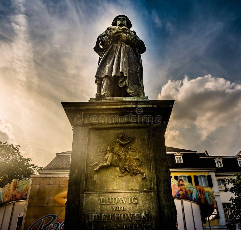 Памятник Бетховен в Бонне, Германии Оно было раскрыто 12-ого августа 1845 стоковые фото