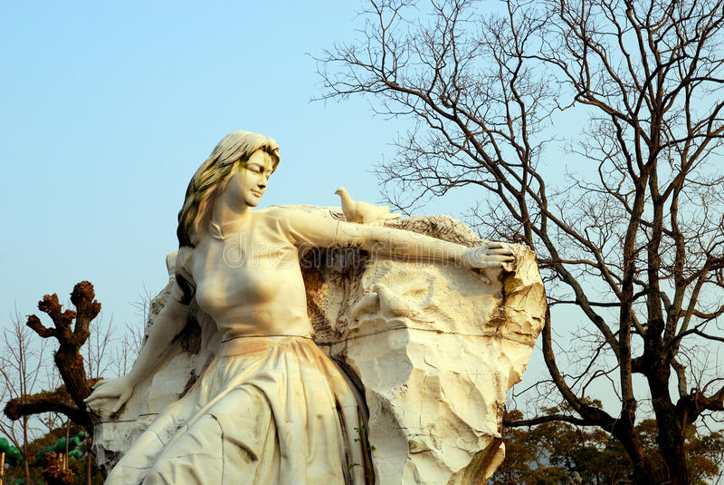Памятник в парке мира Нагасаки стоковое фото