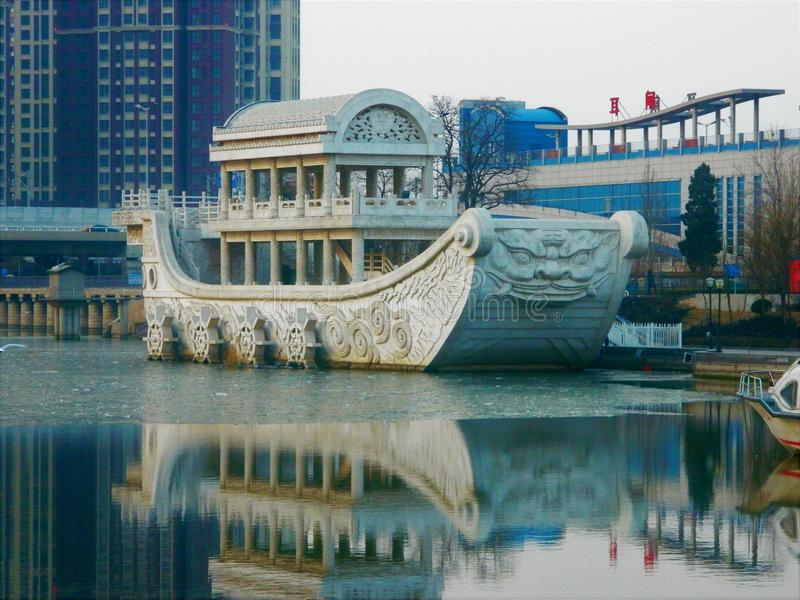 Памятник в Тяньцзине стоковое изображение