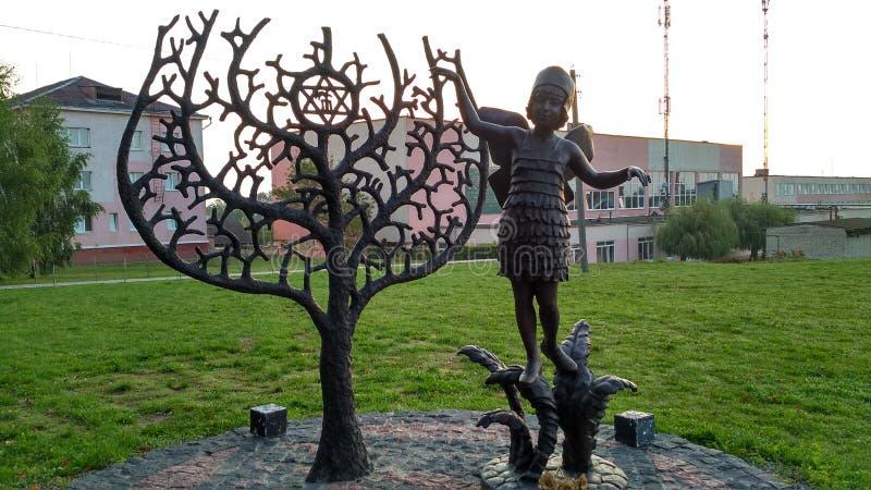 Памятник евреям, погибшим во время войны и 28-х годов;город Новогрудок Беларусь& x29; стоковые изображения rf