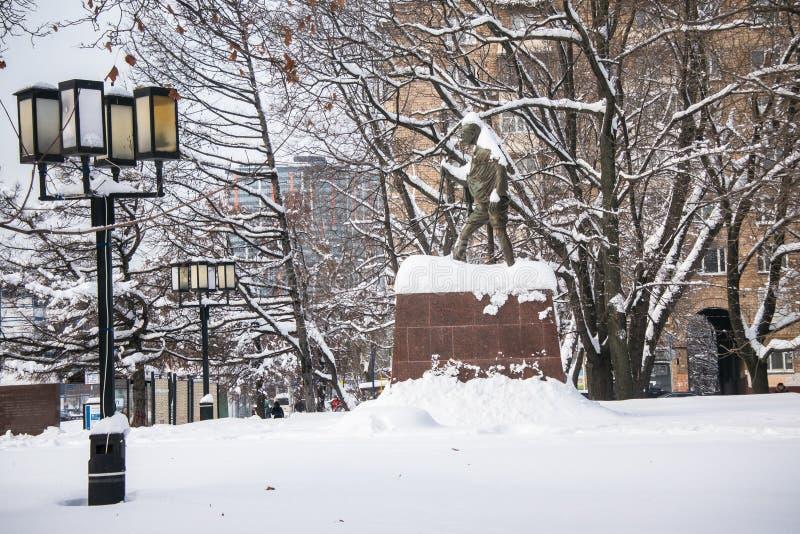 Памятник известная индийская политической и духовный лидер Махатма Ганди в Москве, России стоковое фото