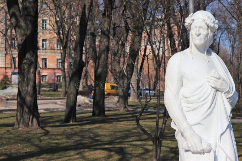 Памятник к Данте Алигьери стоковое фото