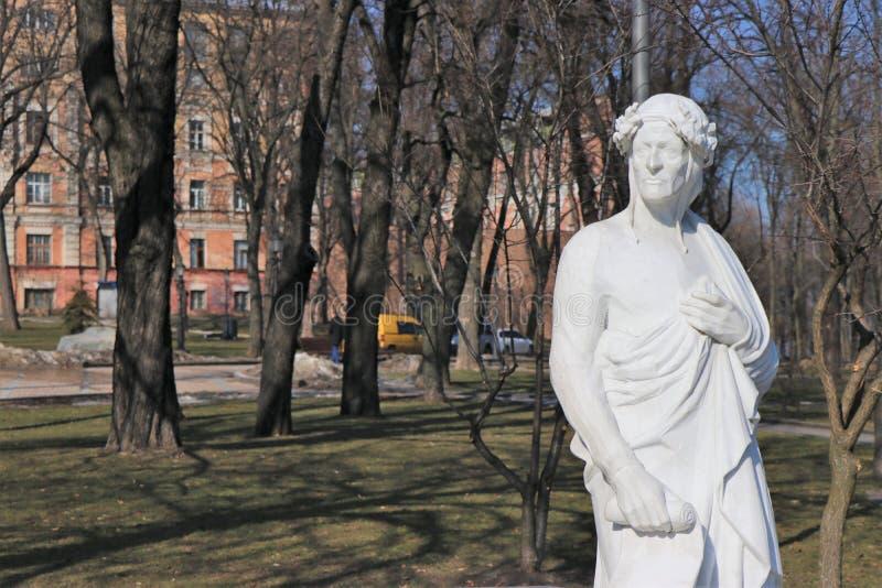 Памятник к Данте Алигьери стоковое изображение
