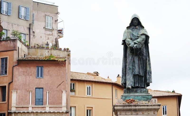 Памятник к Джордано Bruno в Риме стоковое фото