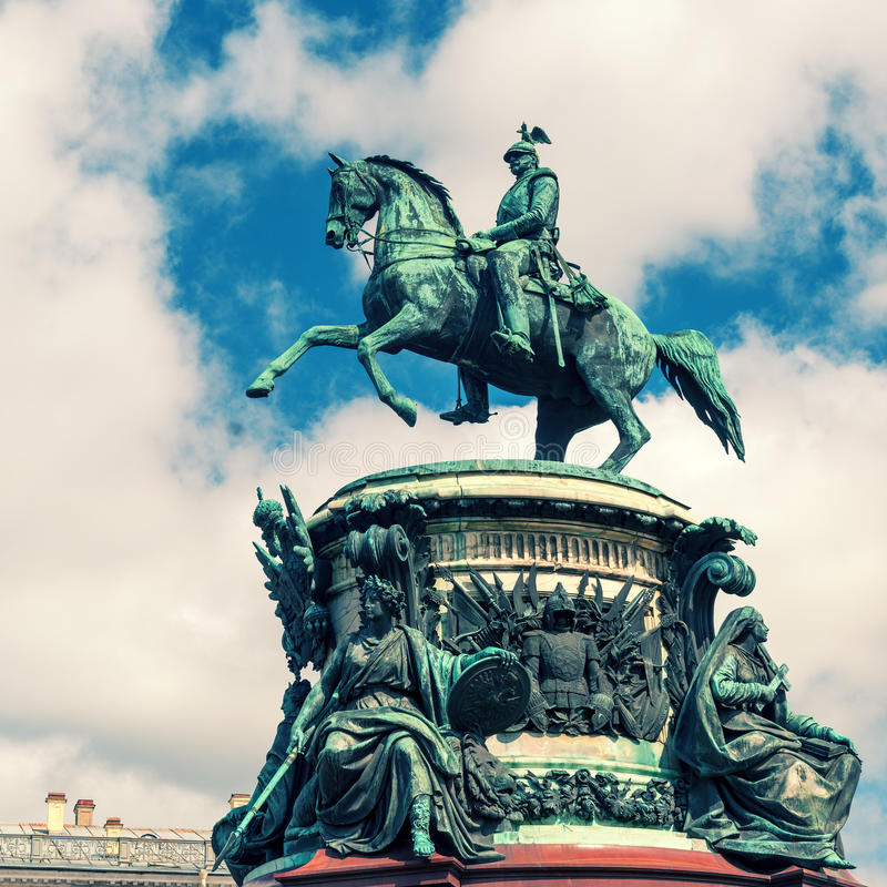 Памятник к Николасу i в Санкт-Петербурге сбор винограда структуры фото абстрактной предпосылки однотиповый стоковое изображение rf