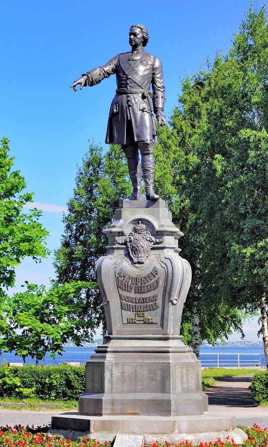 Памятник к Питеру большой в Петрозаводске, России стоковое фото