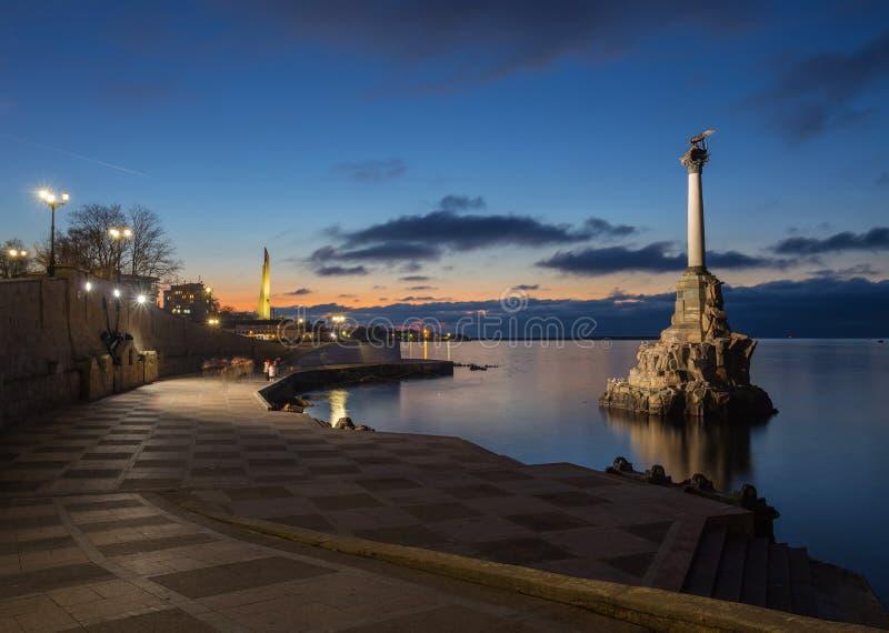 Памятник к уничтожанным военным кораблям в Севастополе стоковое изображение rf