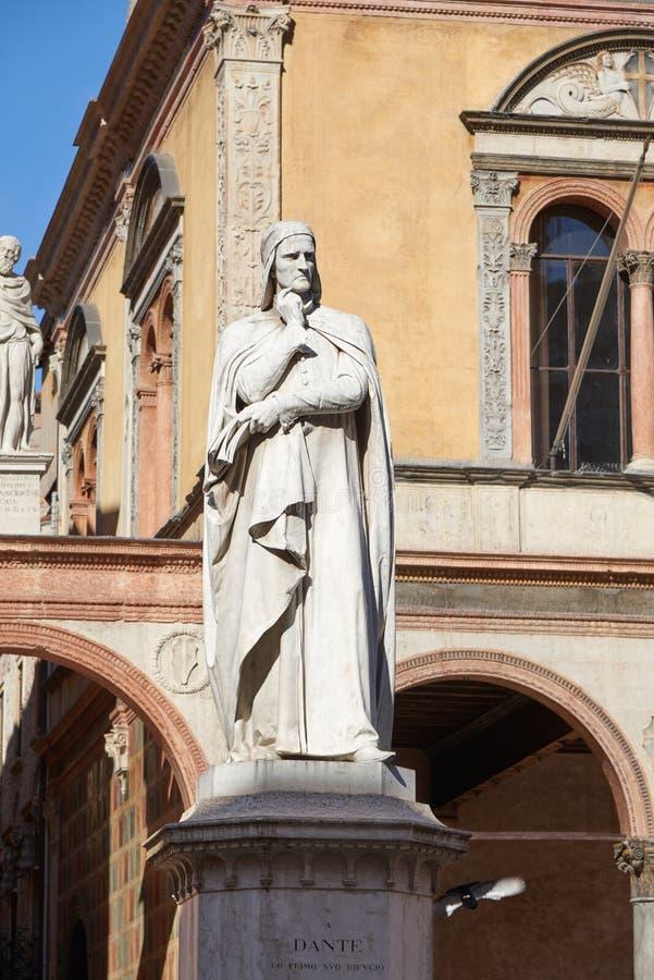 Памятник к Dante стоковая фотография