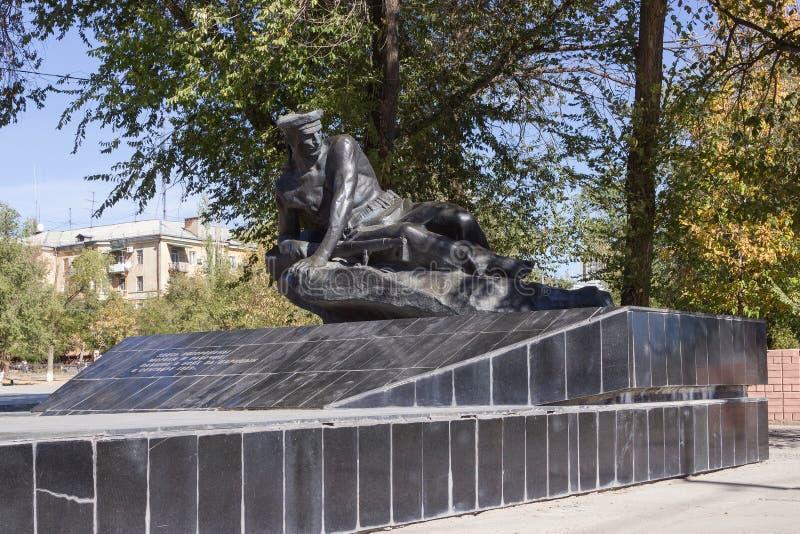 Памятник массовое захоронение моряков участников деятельности посадки в 1919 стоковое фото