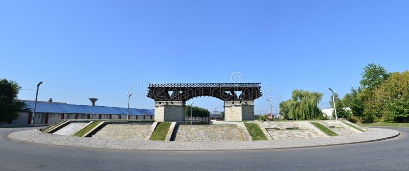 Памятник моста города Severin стоковая фотография rf