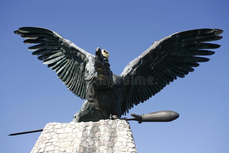 Памятник птицы Turul в Венгрии Tatabanya стоковая фотография rf