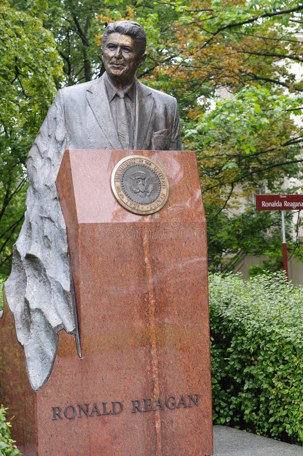 Памятник Рональда Рейгана стоковое изображение