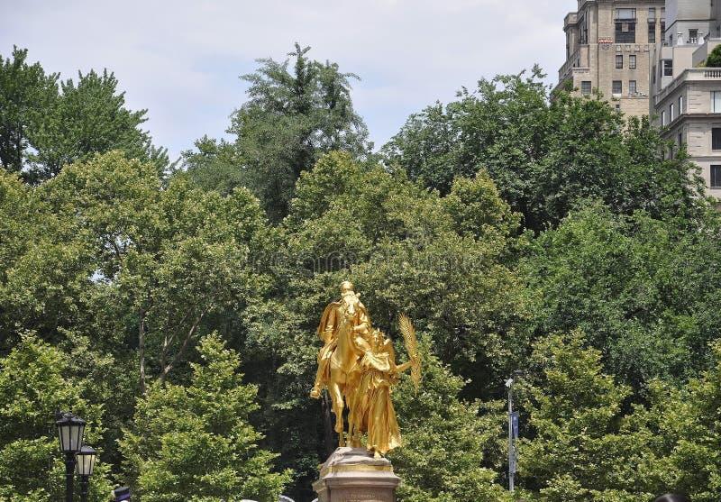 Памятник Шермана от грандиозной площади армии в центре города Манхаттане Нью-Йорке от Соединенных Штатов стоковые фото