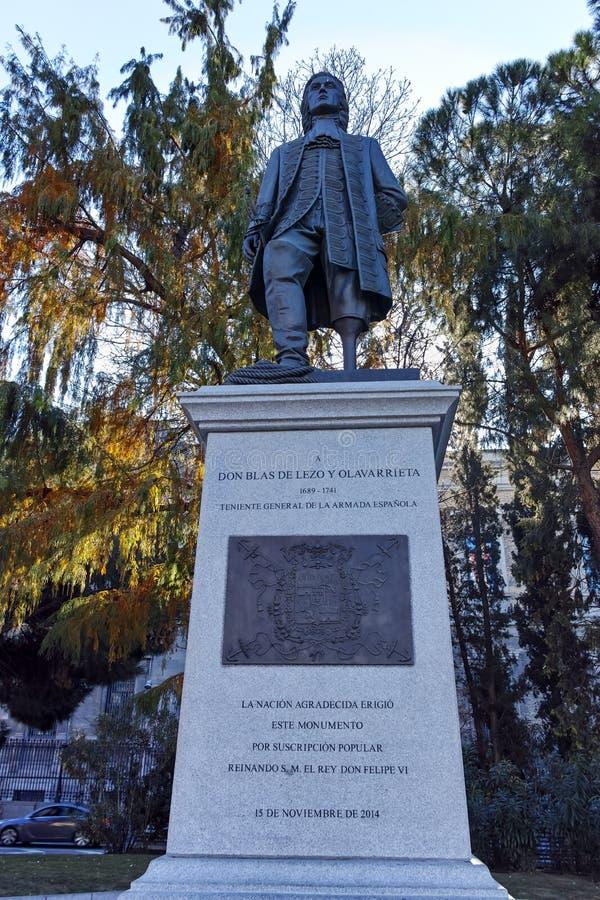 Памятник Blas de Lezo на Площади de Двоеточии в городе Мадрида, Испании стоковые изображения rf