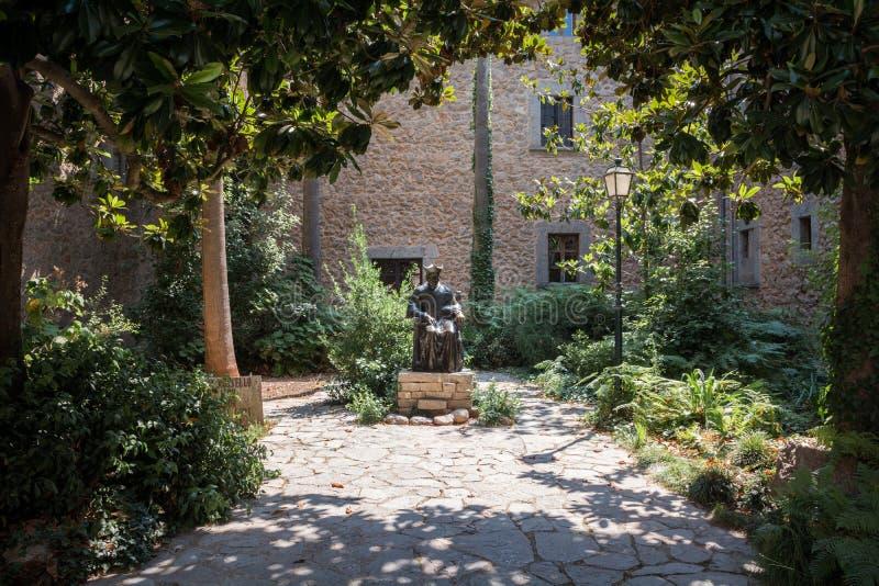 Памятник Joaqim Rossello стоковое изображение