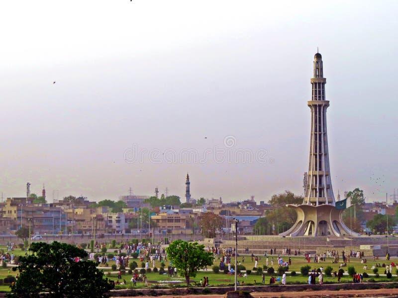 памятник Minar-e-Пакистан, Лахор, Пакистан стоковое изображение rf