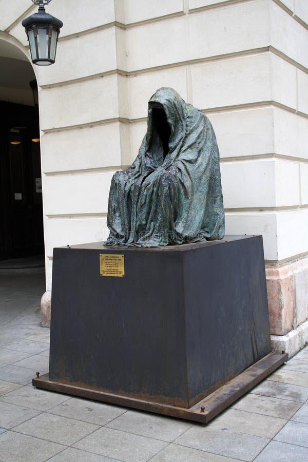 Памятник Mozart в Праге, чехии стоковая фотография rf