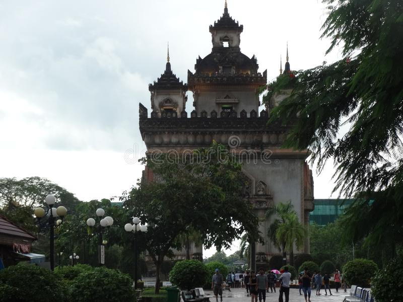Памятник Patuxai, Вьентьян, Лаос стоковые изображения
