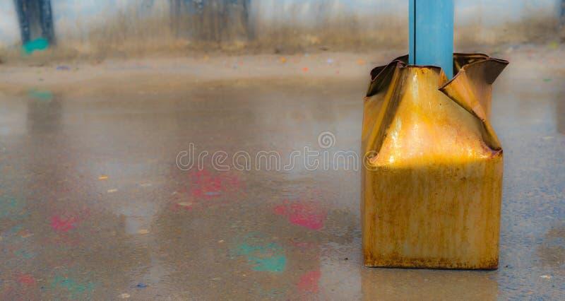 Панель олова piler и лужицы стоковое фото