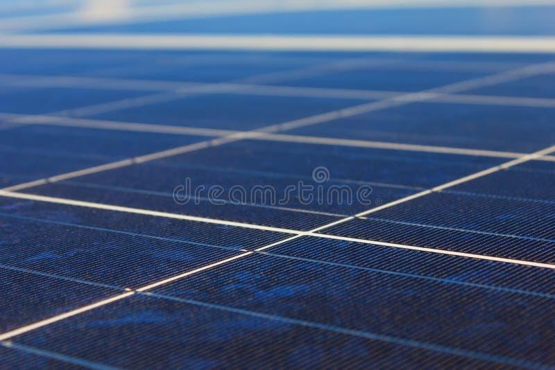 Панели солнечных батарей стоковые изображения rf