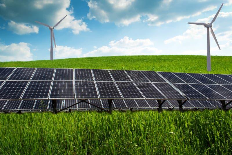 Панель солнечных батарей и возобновляющая энергия стоковое изображение
