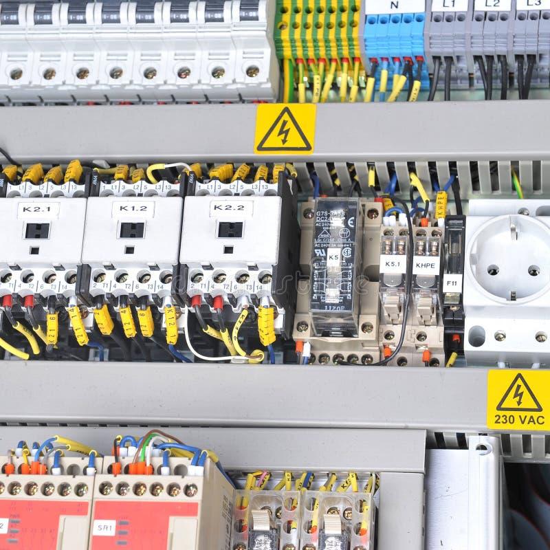 Панель с электротехническим оборудованием стоковое фото rf