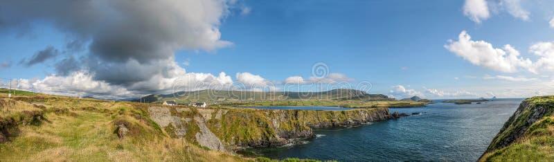 Панорама береговой линии Исландии Valentia стоковые фото