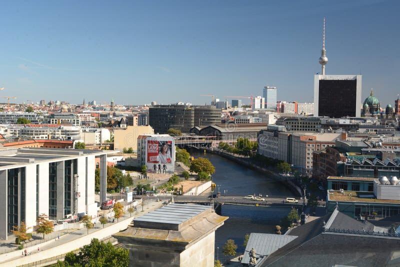 Панорама Берлина из Купола Рейхстага Германия стоковые фото