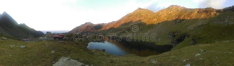 Панорама горной вершины стоковое изображение rf