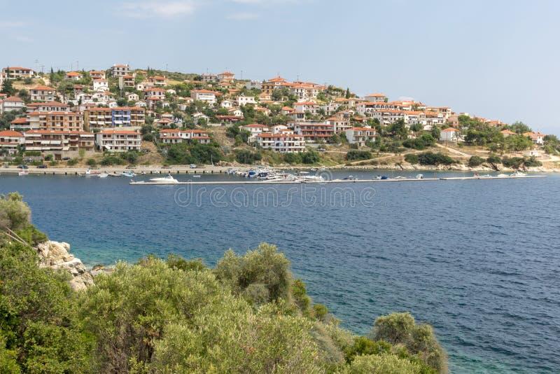 Панорама города Пиргадикия в Чалкидики, Греция стоковые фотографии rf