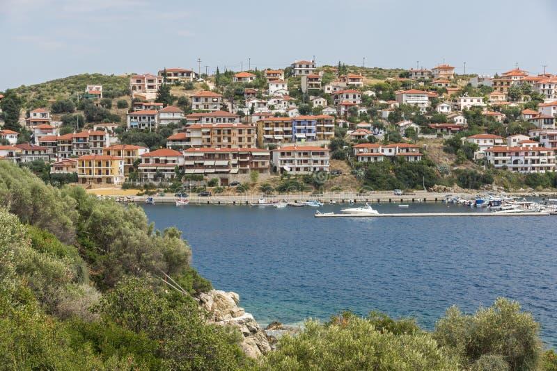 Панорама города Пиргадикия в Чалкидики, Греция стоковое фото
