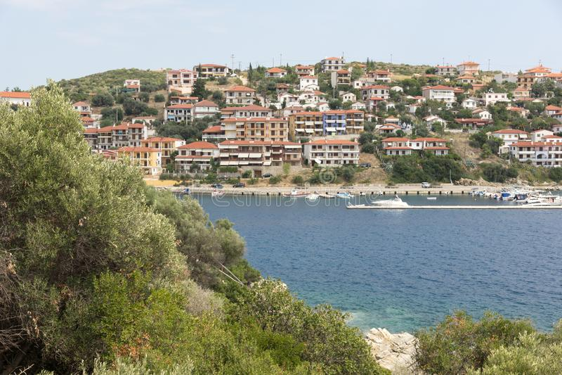 Панорама города Пиргадикия в Чалкидики, Греция стоковое изображение rf