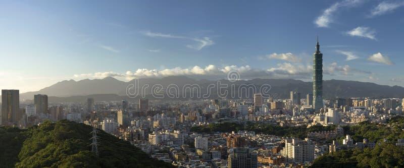 панорама городского пейзажа стоковое фото rf