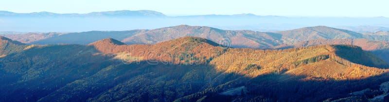 Панорама горы утра осени стоковые фотографии rf