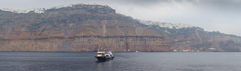 Панорама деревень Imerovigli и Kondakhor, острова Santorini стоковая фотография