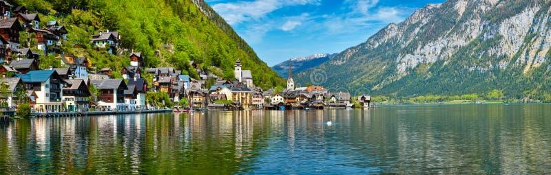 Панорама деревни Hallstatt и Hallstatter видят, Австрия стоковые фотографии rf