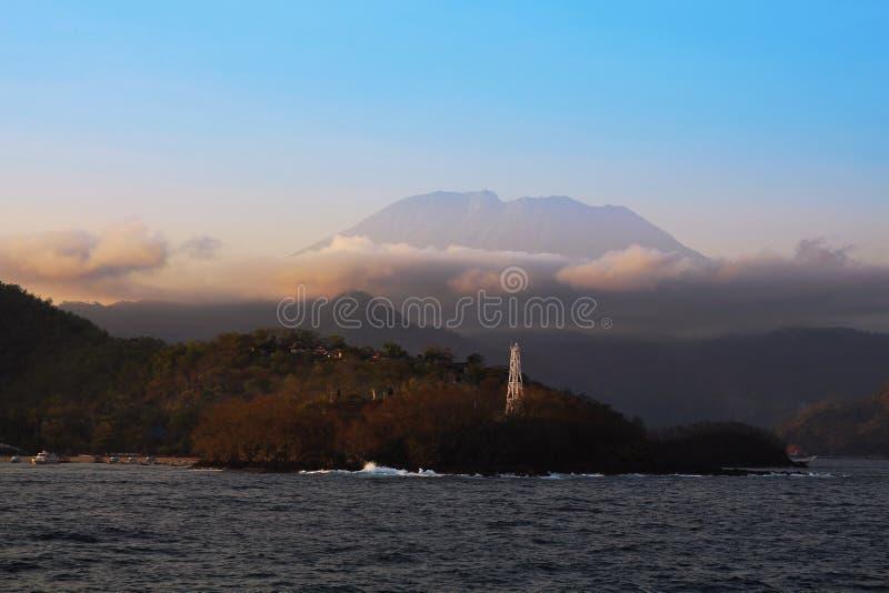 Панорама держателя Agung в Бали стоковое фото rf