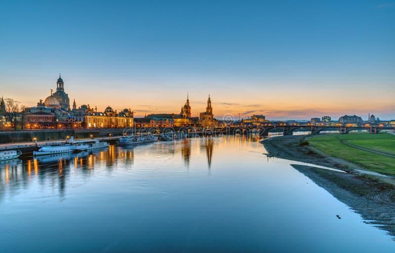 Панорама Дрездена после захода солнца стоковое фото