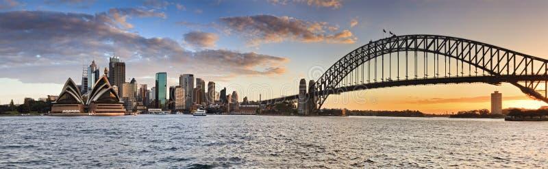 Панорама захода солнца Сиднея Kiribilli CBD стоковые фотографии rf