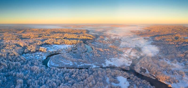 Панорама зимы воздушная стоковое изображение rf