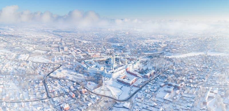 Панорама зимы воздушная Sergiev Posad, России стоковое изображение