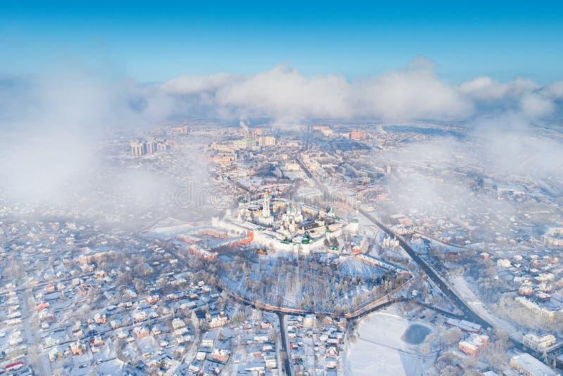 Панорама зимы воздушная Sergiev Posad, России стоковые изображения rf