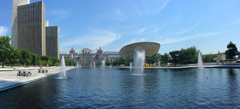 Панорама зданий правительства штата в Albany, Нью-Йорке стоковое фото rf
