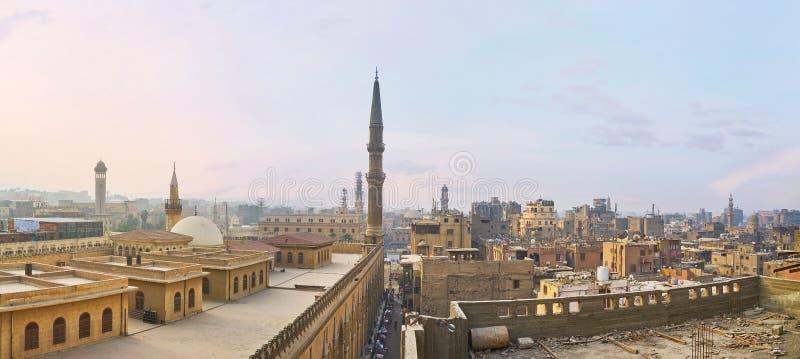 Панорама исламских крыш Каира, Египет стоковая фотография rf