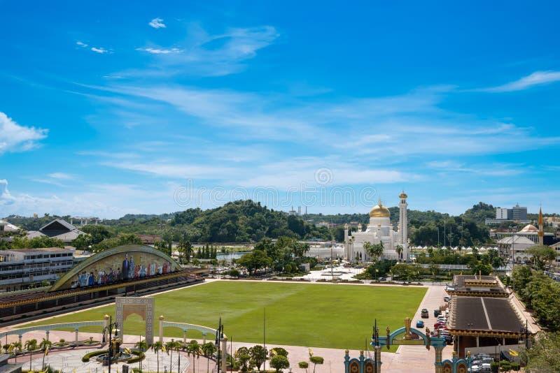 Панорама к городку Bandar Seri Begawan в Брунее Darussalam стоковое изображение