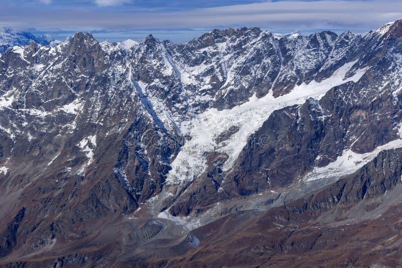 Панорама к швейцарцу Альпам от рая ледника Маттерхорна к Альпам стоковые фотографии rf