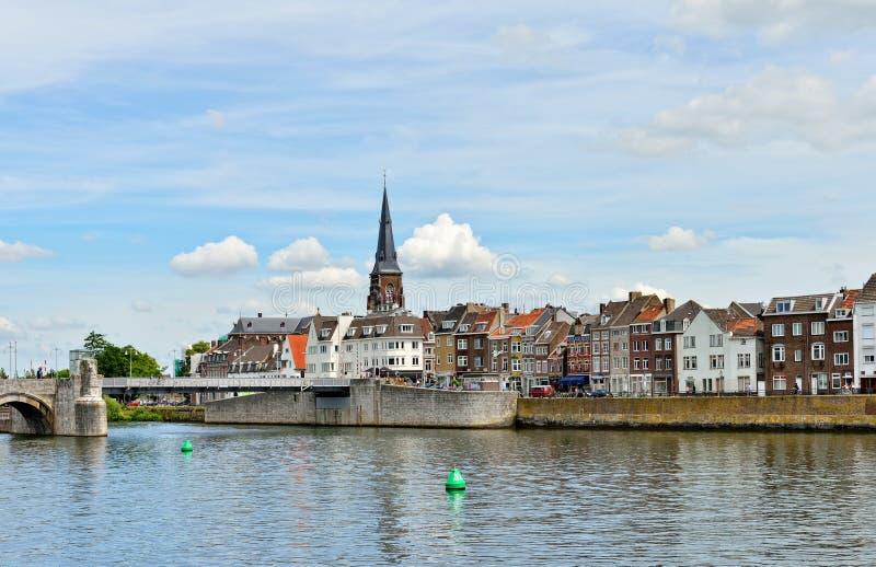 Панорама Маастрихта от реки Maas стоковое изображение rf