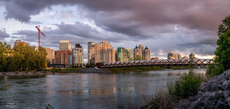 Панорама моста мира стоковые изображения