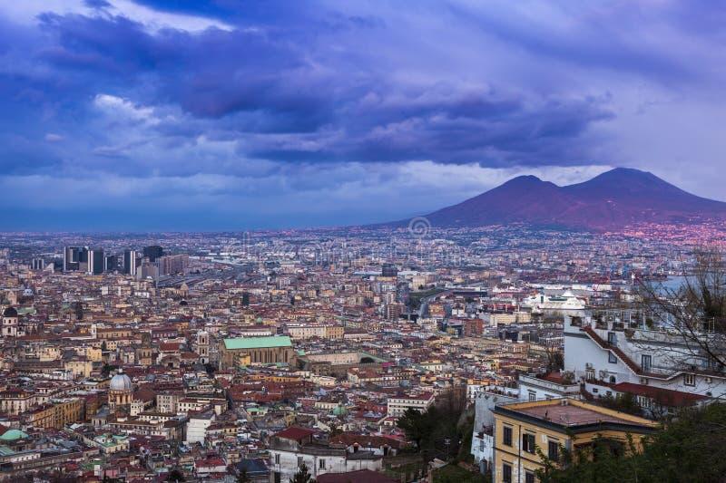 Панорама Неаполь на заходе солнца стоковое изображение rf